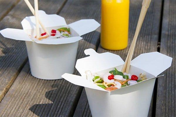 Chinese-takeaway-box-chopstick