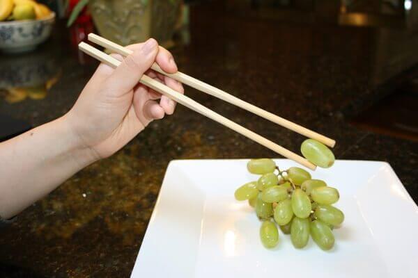 tips how-to-use-chopsticks